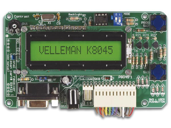 Tableau De Messages Programmable Avec LCD, Interface Serielle & 8 Entrees