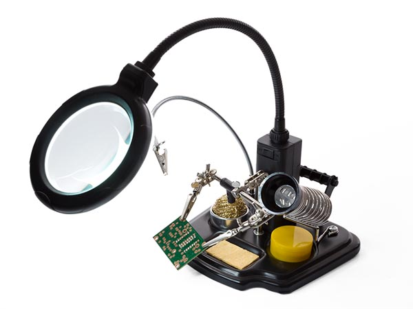 Soldering Center With Helping Hand + Magnifier