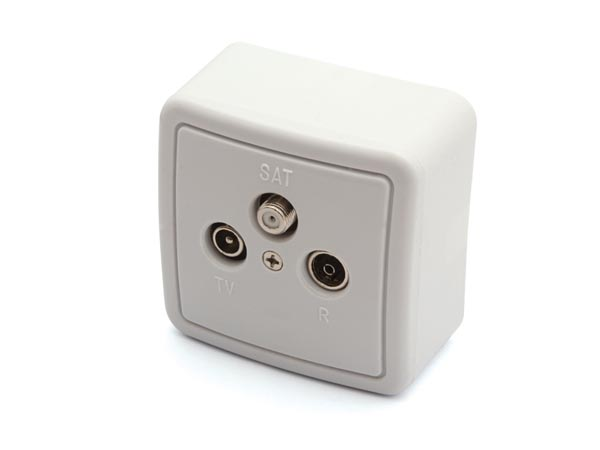 TV/FM/SAT SPLITTER, WITH COVER AND BOX FOR WALL MOUNTING - PASS-THROUGH TYPE