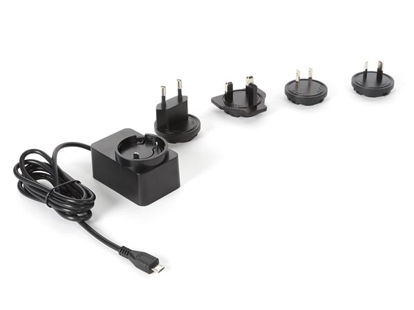 UNIVERSAL CHARGER WITH MICRO-USB CABLE - 5 VDC - 2.5 A with 4 travel plugs -  12.5 W max.