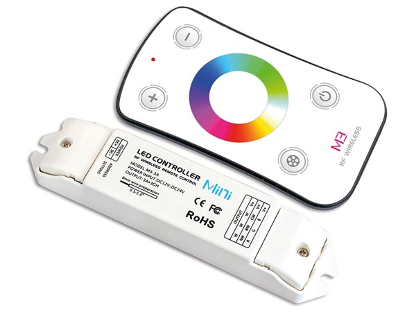 RGB LED CONTROLLER WITH RF REMOTE CONTROLLER