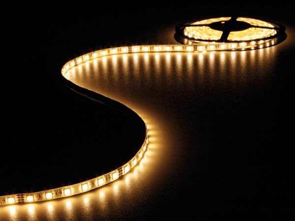 FLEXIBLE LED STRIP - WARM WHITE 3500K - 300 LEDs - 5m - 24V