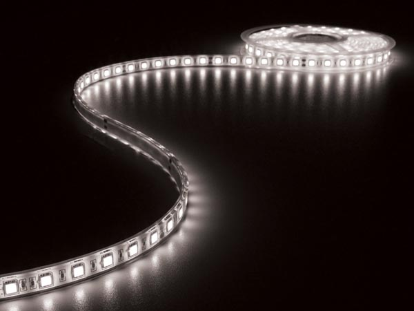 FLEXIBLE LED STRIP - COLD WHITE 6500K - 300 LEDs - 5m - 24V