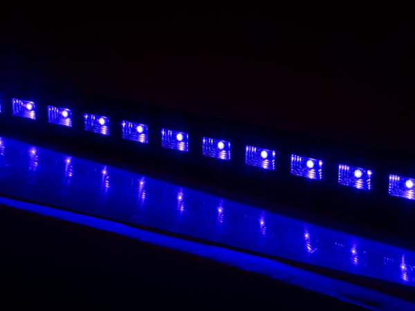 Hq power hqle10038 uv led bar 18 x 3 w 410 nm velleman uv led bar that creates a black light effect perfect to use for parties or other events can be used in clubs bars or any other place mozeypictures Image collections
